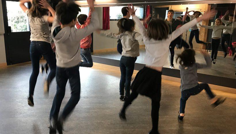 Cours de claquettes pour les enfants au Studio Pylônes de Bouguenais avec Sandrine & David Pisani - les Claquettes associées
